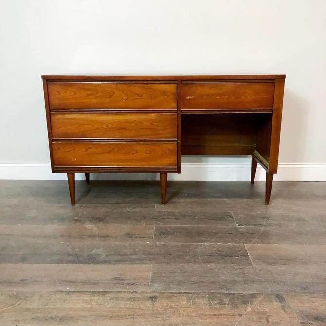 CUSTOMIZABLE: MCM Desk by VintageRefinedDecor