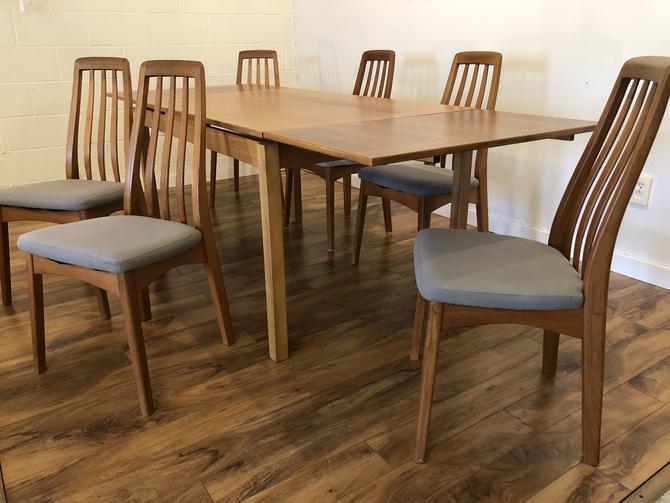Danish Teak Dining Table & 6 Chairs