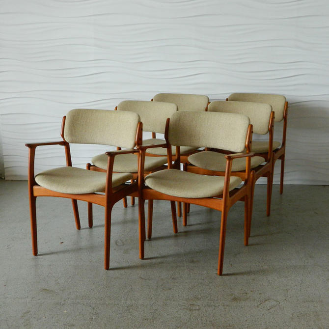 HA-17080 Set of Six Eric Buck Teak Dining Chairs