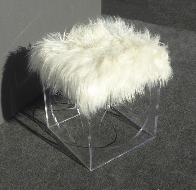 Unique Contemporary Style White Faux Mangolian Fur and Lucite Stool / Foot Ottoman by VintageLAfurniture