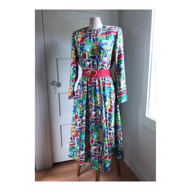 1980s Vibrant Floral Print Cotton Long Sleeve Belted Dress with Pockets- size Large by VeeVintageShop