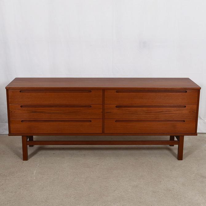 Teak Danish Modern 6 Drawer Dresser