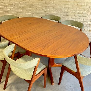 Mid Century MODERN Teak ROUND to OVAL Dining Table, Made in Denmark by CIRCA60
