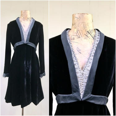 """Vintage 1960s Malcolm Starr Black Velvet Mini Dress, 60s Elinor Simmons Formal Party Frock w/ Rhinestones and Crystals, Small 34"""" Bust by RanchQueenVintage"""