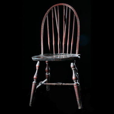 Nichol's & Stone Maple Windsor Chairs with Arched Top