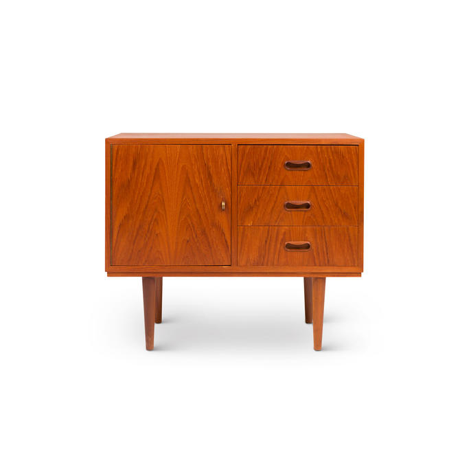 Vintage Danish Mid-Century Accent Table / Nightstand by MCMSanFrancisco