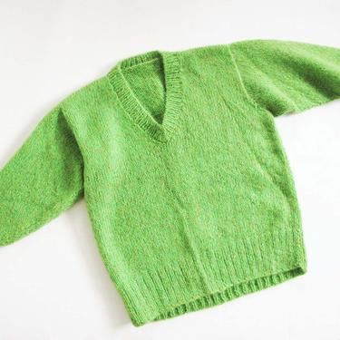 Vintage 60s Neon Green Mohair Knit Sweater M - 1960s Hand Knit V Neck Pullover Sweater - Fuzzy Green Jumper - 1960s Clothing by MILKTEETHS