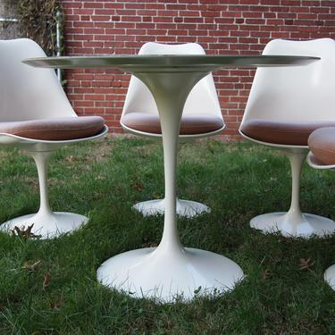 "Vintage KNOLL Saarinen TULIP TABLE 36"" Round, 28""H White, Mid-Century Modern danish dansk eames era mad men retro atomic by refugegallery"