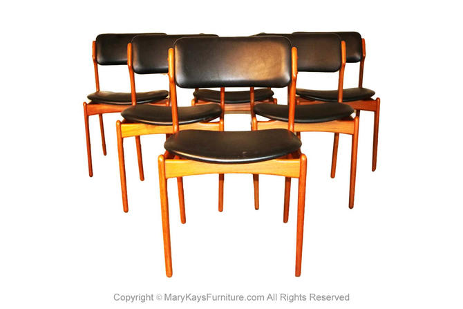 Set of 6 Mid Century Erik Buch Model 49 Teak Dining Chairs by Marykaysfurniture