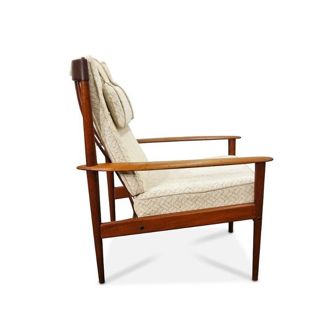 Grete Jalk Lounge chair by Poul Jeppesen - Original Danish Modern by LanobaDesign