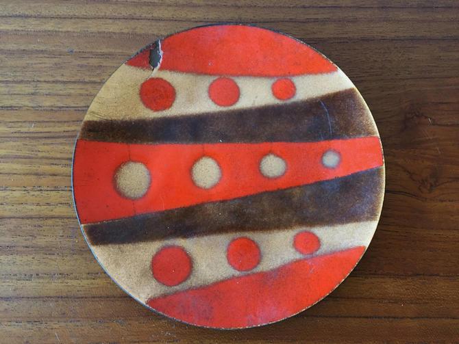 Vintage Mid Century Modern Enamel Painted Plate by Ernest Sohn by ModandOzzie
