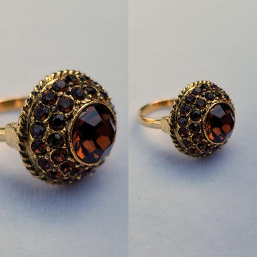 Vintage 60s Amber Rhinestone Dome Cocktail Ring ~ Round Center Stone ~ Gold Tone Guilloche Setting ~ Adjustable Band ~ Costume Jewelry by SoughtClothier