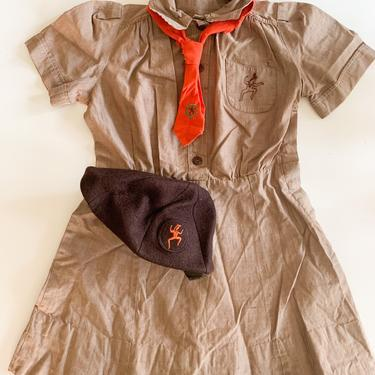 Vintage 1950s/60s Girl Scout Brownie's Uniform + ascot + hat // 6-7x by MsTips
