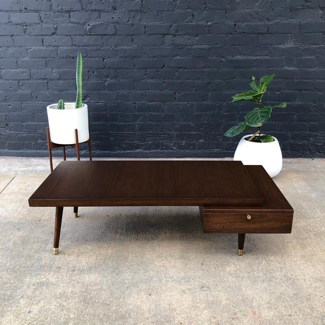 Mid-Century Modern Two-Tier Coffee Table by Barzilay by VintageSupplyLA