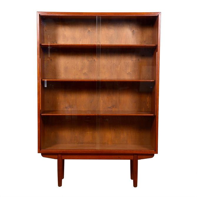B\u00f8rge Mogensen for S\u00f8borg Danish Teak Sliding Glass Door Adjustable Bookcase \/ Display Cabinet