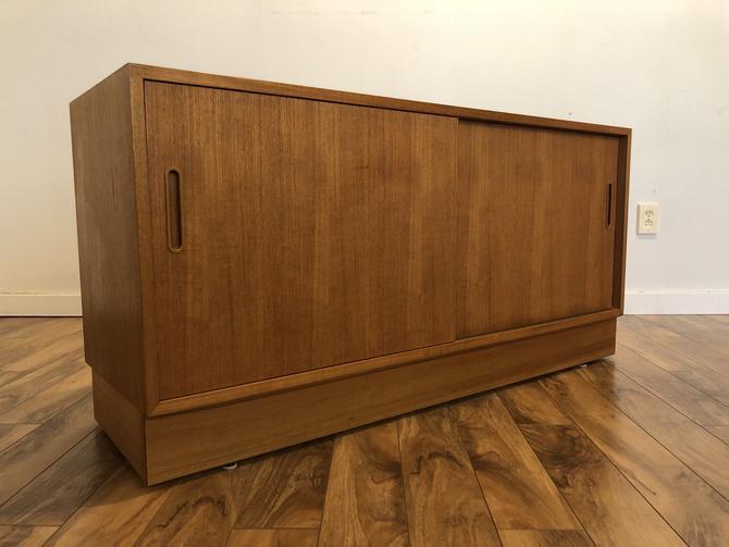 Poul Hundevad Compact Danish Teak Sideboard