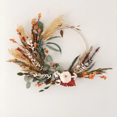 Fall pampas grass and eucalyptus wreath, Autumn Wreath, Fall boho wreath, dried wreath, Autumn curb appeal, Modern fall wreath, Fall wreath by NovaWreaths