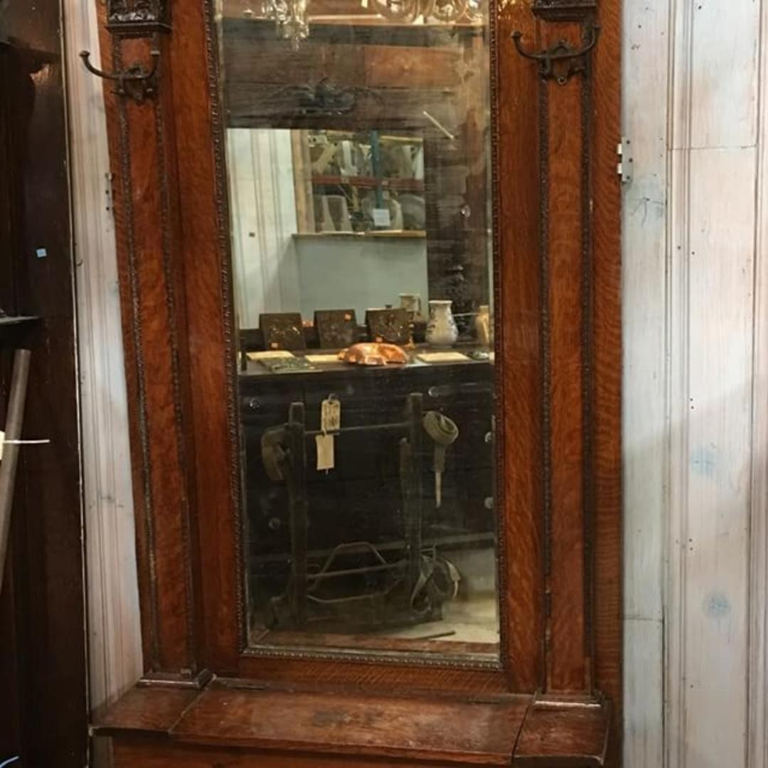 Antique Quarter Sawn Oak Hall Tree With Mirror And Storage