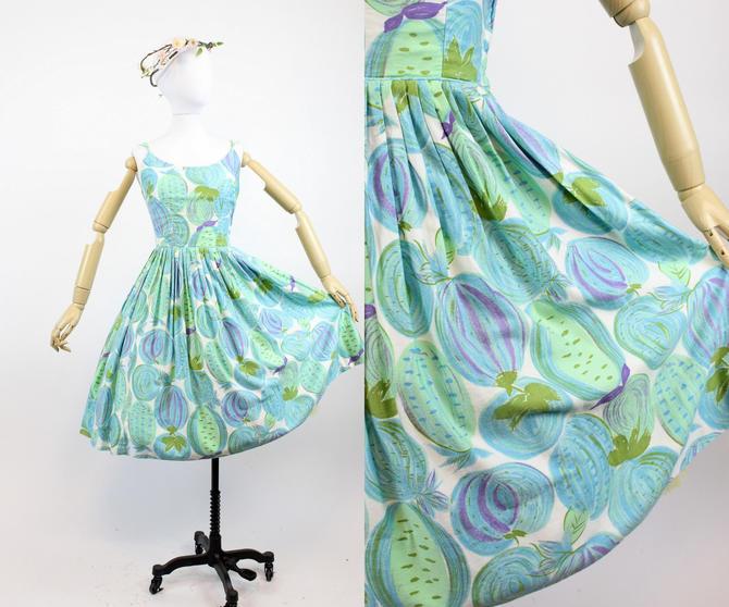 1950s cotton novelty print dress xs | vintage sun dress fruit and veges by CrushVintage
