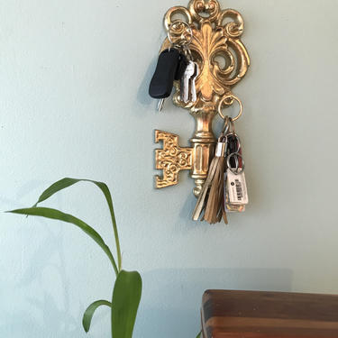 1970s Vintage Fancy Aluminum Cast key hook, key Rack Wall Hooks Gold Gilded Key Wall Hanging Decor by VintageCoreReStore