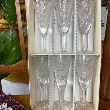 Set of 6 Czechoslovakian Crystal Sherry Glasses Boxed by DesertCactusVintage