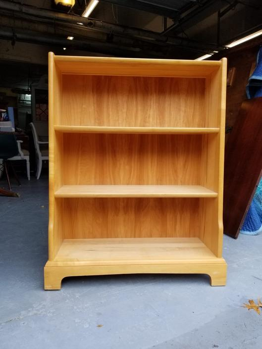 CUSTOMIZABLE - Small Bookshelf by UniquebyRuth