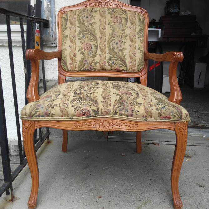 Beautiful Vintage French Provincial Upholstered Arm Chair// Hollywood Regency// Carved Wood Chair// Country Farmhouse Decor by 3GirlsAntiques