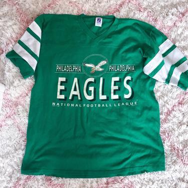 Vintage 90s Philadelphia Eagle Football Tee XL by theaspentree
