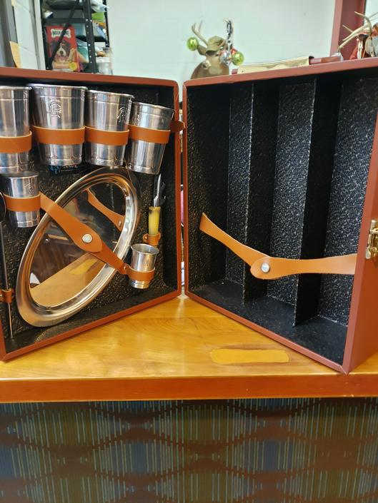 Travel Bar by Wearever. Vintage 60s.