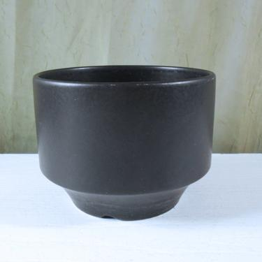 Arabia Finland Planter by Richard Lindh - Architectural Pottery Style by MostlyMidModern