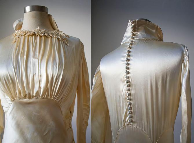 1920s Wedding Gown / Antique Silk Wedding Gown / True Vintage Wedding Gown / Empire Bustline / Antique Champagne Silk Wedding Gown / 1920s by milkandice