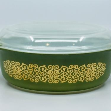 Vintage Green Bramble Pyrex With Lid #043 1.5 Quart Oval Casserole Baking Dish Christmas Pyrex by AuntyEntitysVintage