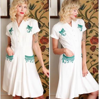 1940s Dress // Summer Love soft Linen Dress // vintage 40s dress by dethrosevintage