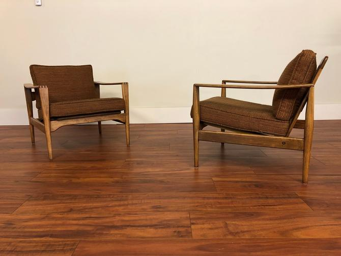 Kai Kristiansen Mid Century Low Back Lounge Chairs - a Pair by Vintagefurnitureetc