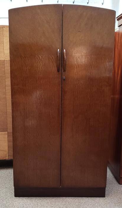 Item #R361 Vintage Deco Oak Men's Robe
