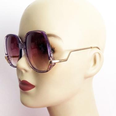 1970's Purple Big Vintage Sunglasses, NO scratches, Upside down Hippie Boho Glasses by Boutique369