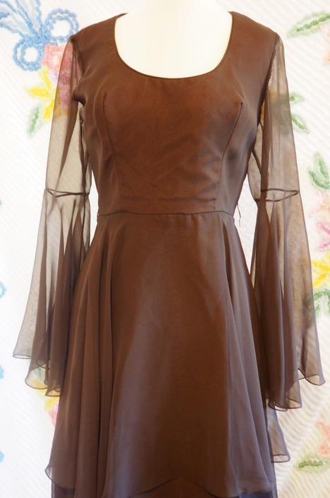 1970s Bell Sleeved Vintage Dress with Ruffled Skirt, Stevie Nicks ...