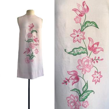 Vintage 60s pastel pink shift dress with pink & green floral embroidery| Twiggy mod dress by Vintagiality