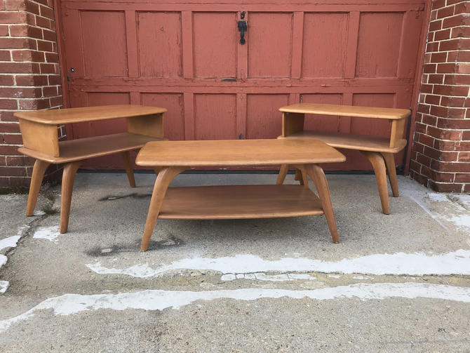 Heywood Wakefield Coffee and End Table Set by QuaboagValleyAntique