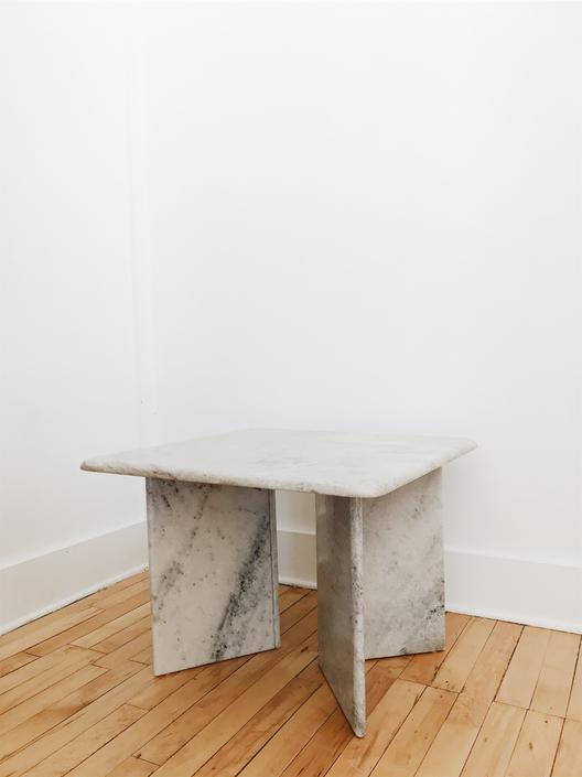 MARBLE <BR> COFFEE TABLE