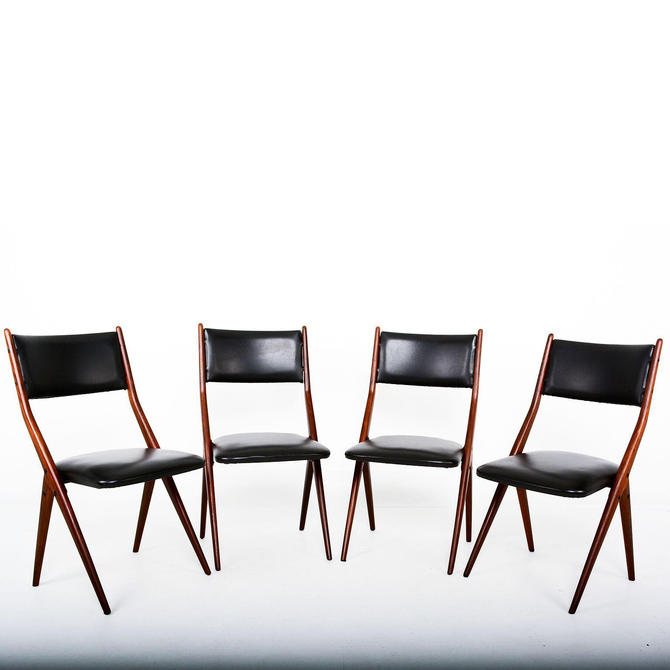 Italy Midcentury Set of 4 Fabulous Borsani Italian Dining Chairs 1950s by AMBIANIC
