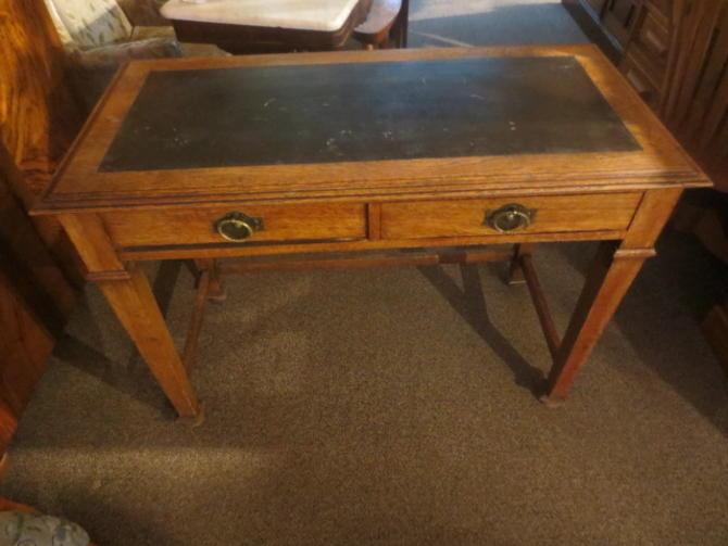 T98 Oak Desk c.1910