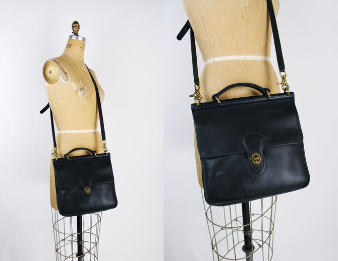 Vintage Black COACH Crossbody Saddle Bag / Purse / Vintage Coach / Leather Bag / Black Purse / Willis bag station/ by PARASOLvintage