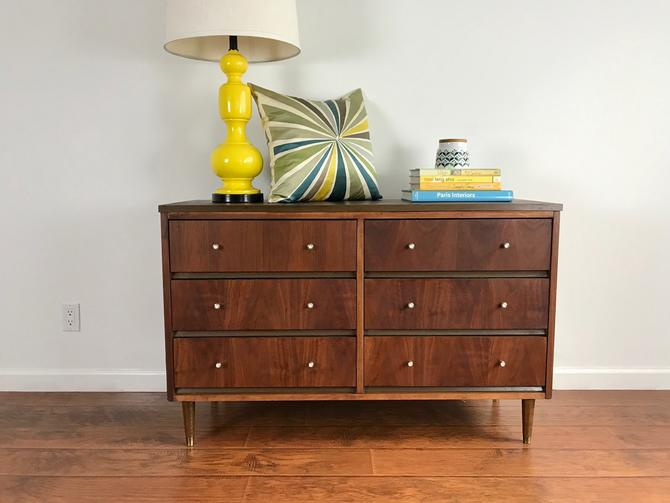 MID CENTURY MODERN 6 Drawer Dresser/Changing Table/BathroomVanity (Los Angeles) by HouseCandyLA