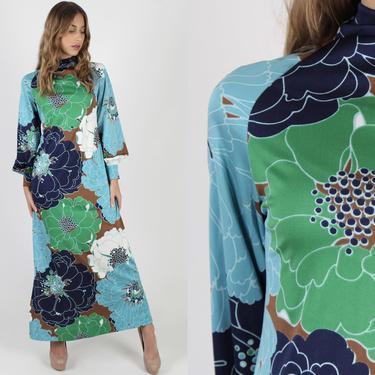 Don Luis de Espana Dress / Green Mandarin Style Asian Maxi Dress / 70s Psychedelic Spanish Floral Dress / Long Lounge Jersey Maxi Dress by americanarchive