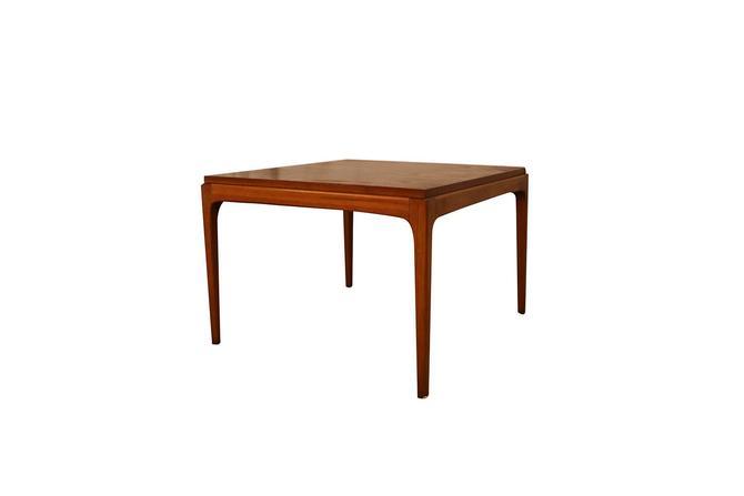 Mid Century Modern Lane Walnut End Table by Marykaysfurniture