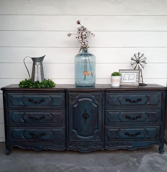 Dark Blue Layered\/Drybrushed Dresser – 9 Drawers
