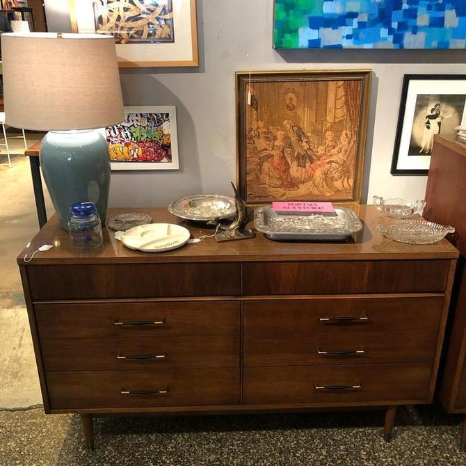 18 Midcentury Modern Dresser $425