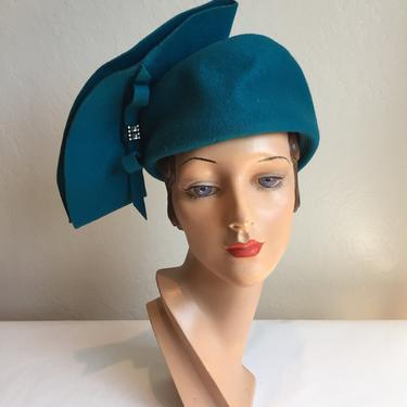 Vintage 1960s Dark Turquoise Cyan Blue Felt Dome Hat w/Stand Up Side Bow by RoadsLessTravelled2