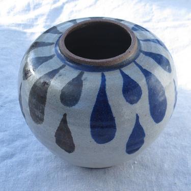 Mid Century Modern Vase Signed Studio Pottery Vase Boho Ceramic Vase Art Pottery Vase Handmade Ceramic Vase Flower Vase MCM Vintage pottery by akaATA